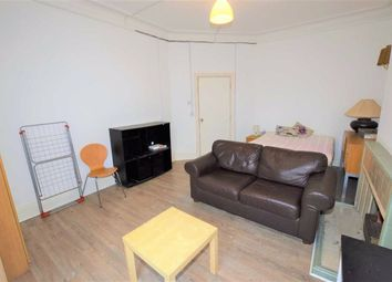 Room to rent in Queens Road, Hendon, London NW4