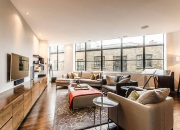 Thumbnail 2 bedroom flat for sale in Commercial Street, Spitalfields