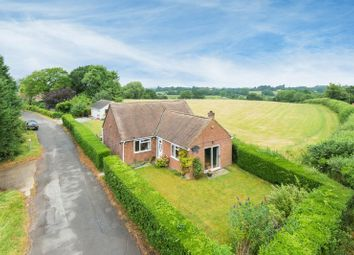 Thumbnail 4 bedroom bungalow for sale in Old London Road, Milton Common, Thame