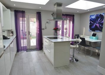 3 bed property for sale in Dover House Road, London SW15