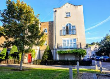 Thumbnail 3 bed flat for sale in Liverymen Walk, Greenhithe