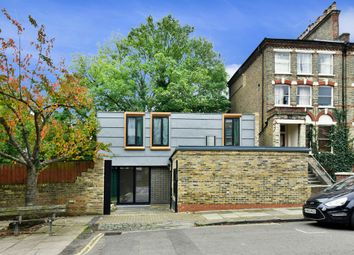 Thumbnail 3 bed mews house to rent in Freegrove Road, London