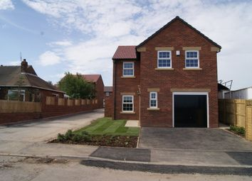 Thumbnail 3 bed detached house to rent in Lindale Lane, Wrenthorpe, Wakefield