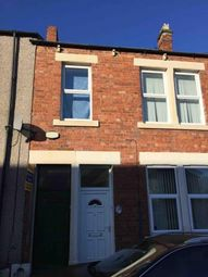 Thumbnail 3 bed flat to rent in Wordsworth Street, Gateshead