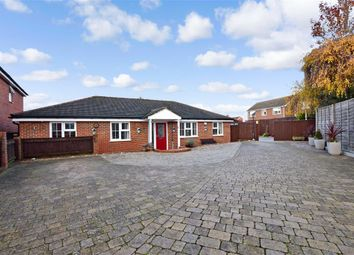 4 bed detached bungalow for sale in Tyler's Croft, Bearsted, Maidstone, Kent ME14