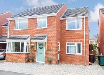 4 bed detached house for sale in The Moorlands, Kidlington OX5