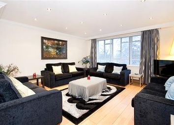 Thumbnail 3 bedroom flat for sale in Hyde Park Place, Hyde Park