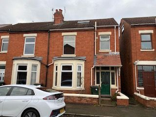 4 bed semi-detached house to rent in Coniston Road, Coventry CV5