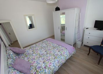 Thumbnail Room to rent in Pendennis Road, London