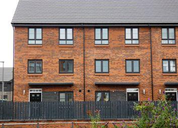 Thumbnail 4 bed flat to rent in Fingal Avenue, Renfrew, Renfrewshire