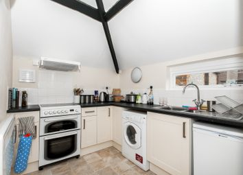 Thumbnail 1 bed flat to rent in Market Square, Bicester