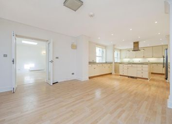 Thumbnail 4 bed flat to rent in Weymouth Street, Marylebone, London