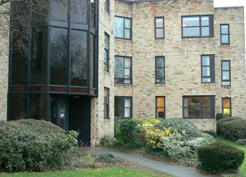 Thumbnail 2 bed flat to rent in Manhattan Drive, Cambridge