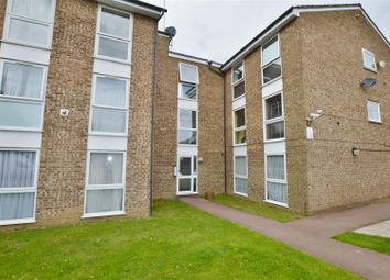 Thumbnail 2 bed flat to rent in Wyedale, London Colney, St. Albans