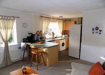 Thumbnail 2 bedroom flat to rent in Lazy Hill, Kings Norton