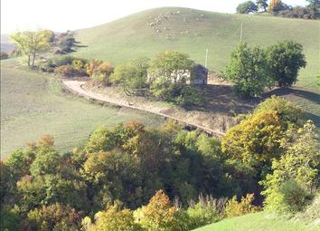 Thumbnail Land for sale in Pieve Di Cagna, Pesaro E Urbino, Le Marche, Italy
