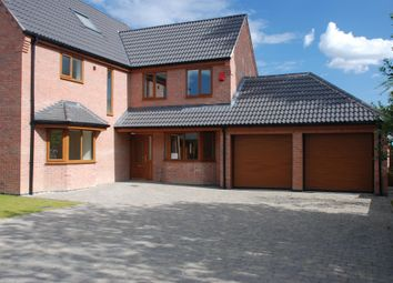 Thumbnail 6 bed detached house to rent in Maple Close, Broadmeadows, Alfreton
