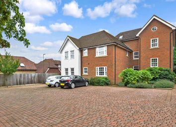Thumbnail 2 bedroom flat for sale in Coopers Way, Henfield, West Sussex
