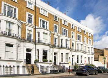 Thumbnail 1 bed flat for sale in St James's Gardens, Holland Park