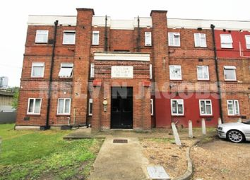 Thumbnail 2 bed flat for sale in Watford Way, London, Greater London.