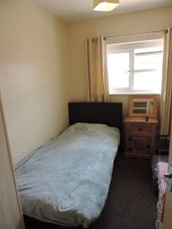 Thumbnail Room to rent in Tower Court, Woodston, Peterborough