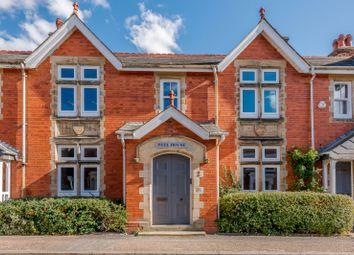 2 bed flat for sale in Peel House, Barttelot Road, Horsham, West Sussex RH12