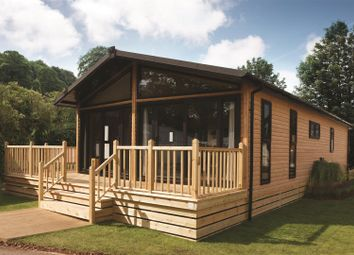 Thumbnail 2 bed mobile/park home for sale in Fornham Park, Fornham St. Genevieve, Bury St. Edmunds