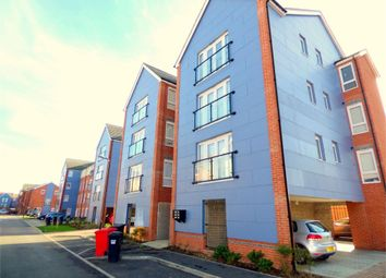 Thumbnail 2 bedroom flat to rent in Chadwick Road, Langley