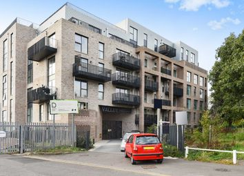 Thumbnail 2 bed flat for sale in Ealing