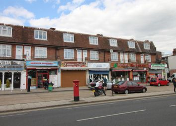 3 bed flat to rent in Station Parade, Canons Park HA8