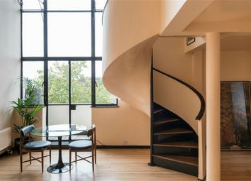 Thumbnail 2 bed flat for sale in 141 Wellesley Court, Maida Vale, London