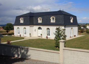 Thumbnail 4 bed villa for sale in Montlucon, Auvergne, 03100, France