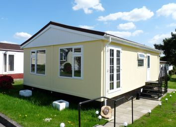 Thumbnail 2 bed mobile/park home for sale in St. Brelades Court, Crouch House Road, Edenbridge