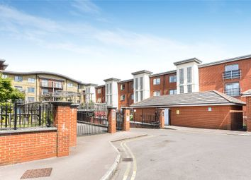 Thumbnail 1 bed flat for sale in Quadrant Court, Jubilee Square, Reading, Berkshire