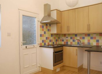 Thumbnail 2 bed flat to rent in Askew Road, Shepherd's Bush