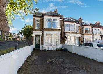 Thumbnail 3 bed flat for sale in Avenue Road, Westcliff-On-Sea