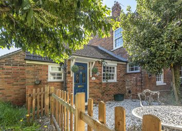 Thumbnail 1 bed end terrace house to rent in Newbury, Berkshire