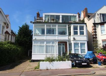 Thumbnail 3 bed flat to rent in Grand Parade, Leigh-On-Sea