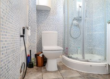 Thumbnail 4 bedroom shared accommodation to rent in Bow Common, Mile End, London