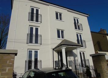 Thumbnail 2 bedroom flat to rent in Montague Road, Croydon