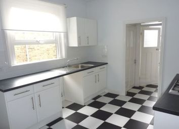 Thumbnail 1 bed flat to rent in Carr Road, Lloyd Park, Walthamstow