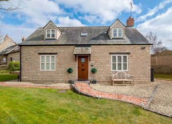Thumbnail 2 bed cottage to rent in School Lane, Upper Heyford, Bicester