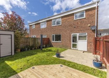 Thumbnail 2 bed maisonette for sale in Holmesland Drive, Botley, Southampton, Hampshire