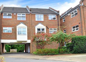Thumbnail 1 bedroom flat to rent in East Grinstead, West Sussex