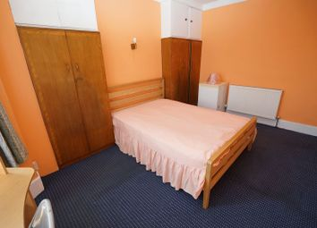 Thumbnail 1 bedroom property to rent in Wanstead Park Road, Ilford