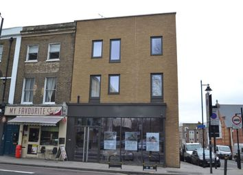 Thumbnail 1 bedroom flat for sale in Elmore Street, Islington, London