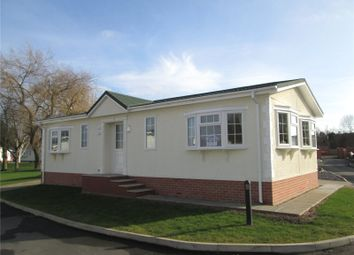 Thumbnail 2 bed mobile/park home for sale in Millhouse Park, Newcastle Avenue, Worksop, Nottinghamshire