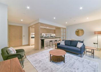 Thumbnail 2 bedroom flat to rent in Viaduct Gardens, London
