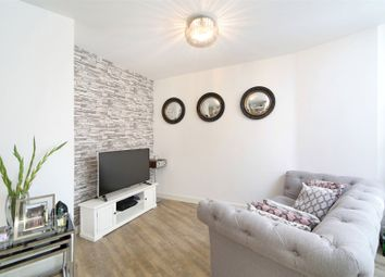 Thumbnail 1 bed flat for sale in Telegraph Avenue, Greenwich, London