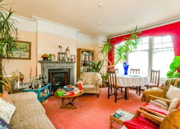 Thumbnail 3 bedroom flat for sale in Cranley Gardens, Muswell Hill